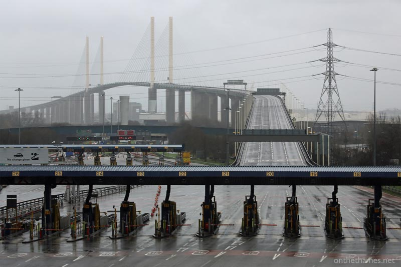 DARTFORD BRIDGE CLOSED