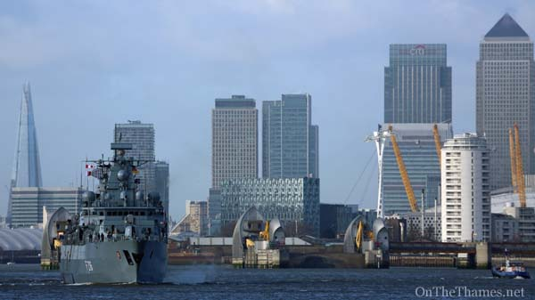 Schleswig passing Tower Bridge