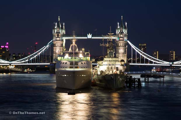 CRUISE SHIP TOWER BRIDGE