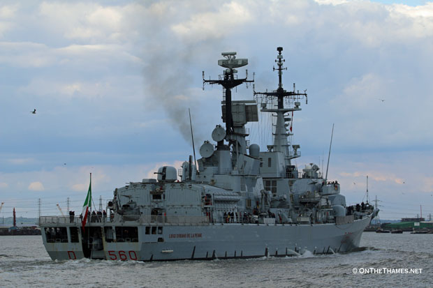 LNP_ITALIAN_WARSHIP_LEAVES_LONDON_RPO_06