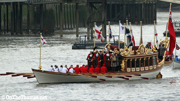 onthethames_lordmayor1