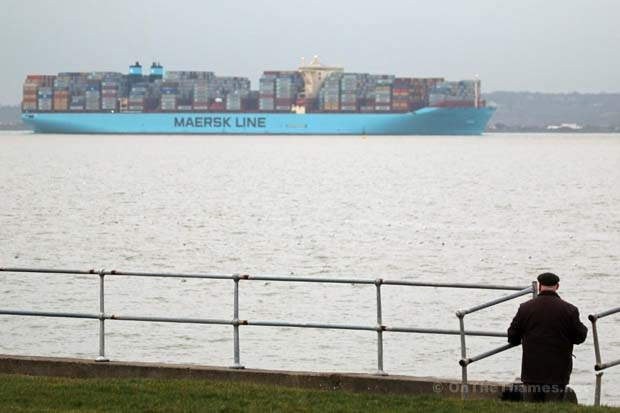 BIGGEST SHIP ON THAMES