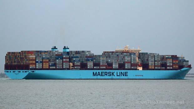 BIGGEST SHIP ON THAMES