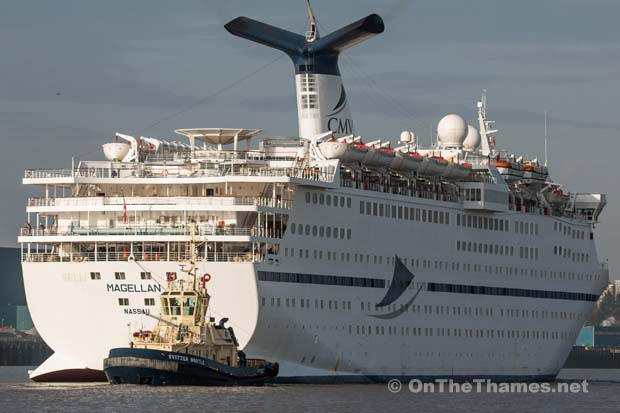 CRUISE SHIP MAGELLAN THAMES