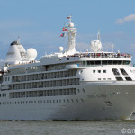 Photos of Silver Cloud passing Greenwich