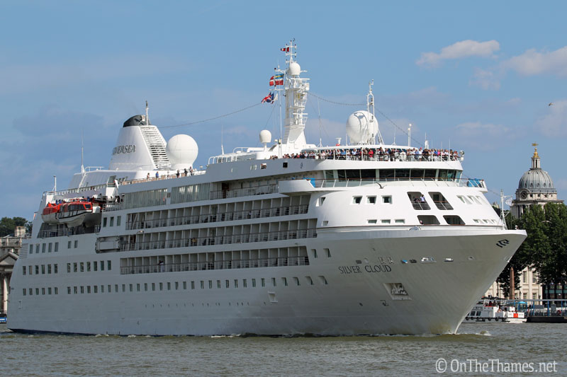 onthethames_silvercloud2