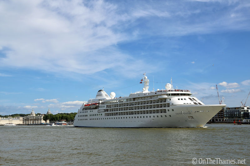 onthethames_silvercloud4