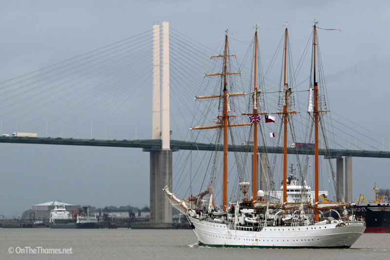 Sailing training ship Esmeralda arrives in London | On The