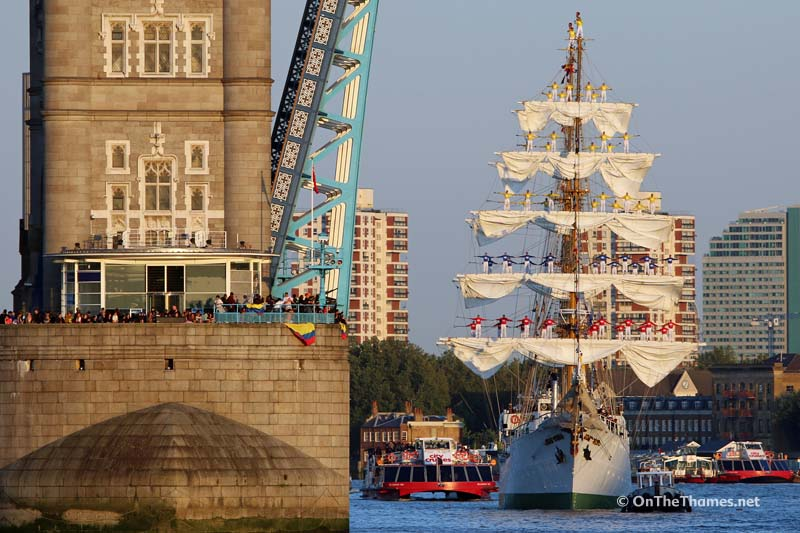 COLOMBIAN TALL SHIP LONDON