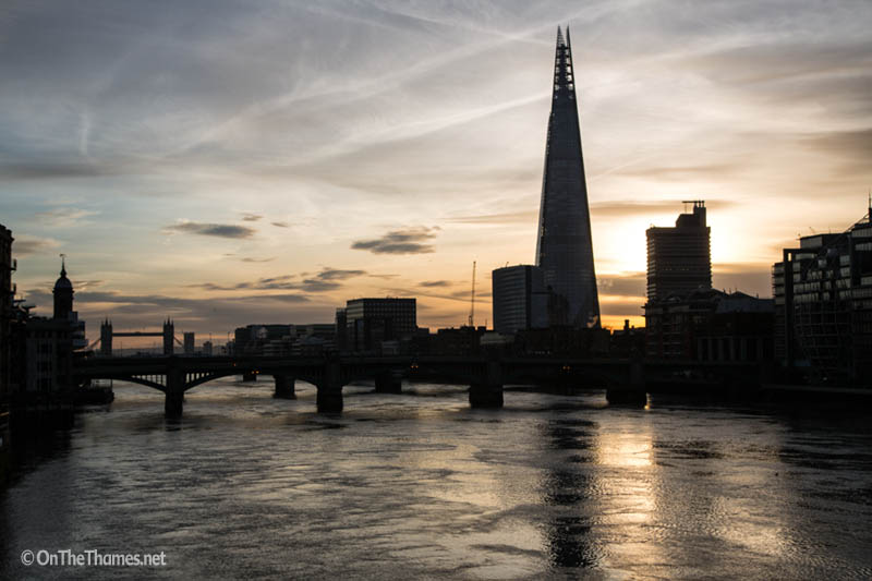 onthethames_nyd_sunrise_7_edited-1