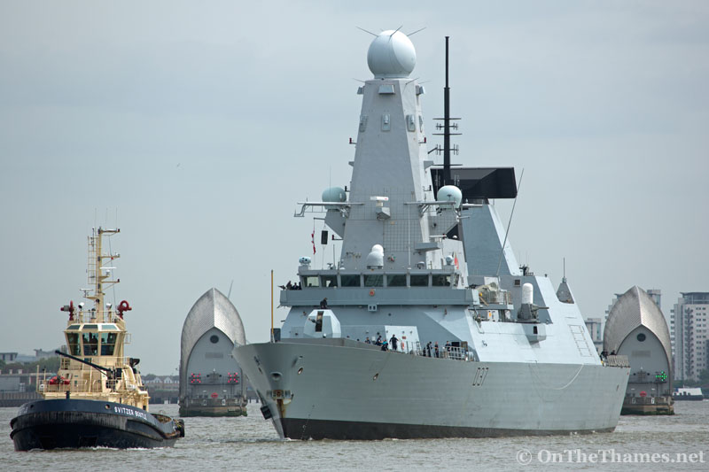 © Rob Powell 20/05/2016. Type 45 Destroyer HMS Duncan arriving in London for a port visit. Credit: Rob Powell