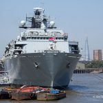 HMS Bulwark visits London to host Royal Navy photographic awards