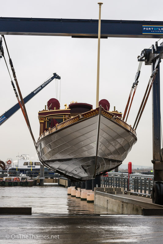 onththames_gloriana_stored_winter-6