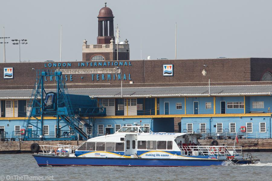 Thames Clippers to run trials of commuter service from